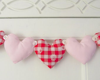 Fabric 5 Heart Garland Red Daisy Gingham and Pink Fabric