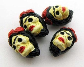 20 Tiny Frida Skull Beads - eyebrow - CB917