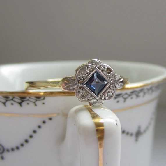 1950s Sapphire And Diamond Ring Engagement Ring In Platinum