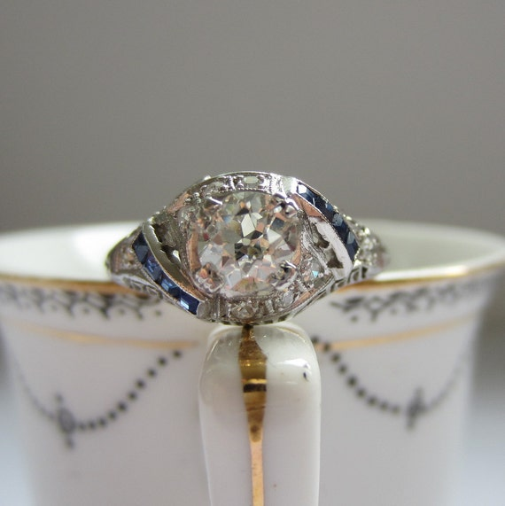diamond and sapphire 1920s vintage ring in silver setting