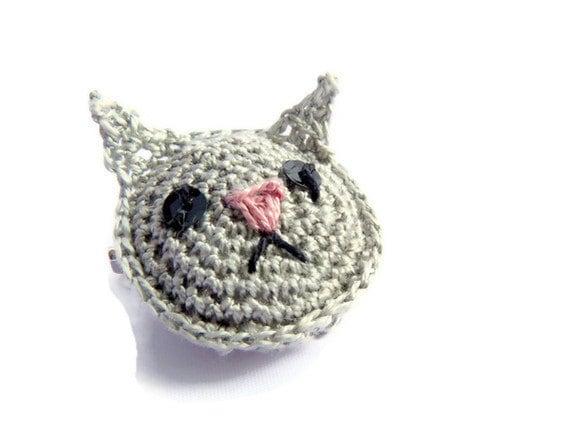 Tiny Cat Brooch Crochet Amigurumi Animal Grey Silver Kitty
