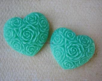 Green Heart Flower Cabochons, 2 Pieces Green Resin Heart Cabochons, 19x21mm - Cabochons by ZARDENIA