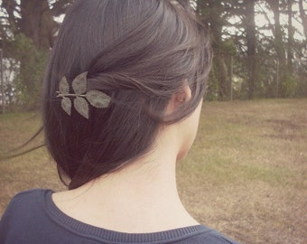 Large Black Patina Leaf Bobby Pin Bridal Hair Clip Bride Bridesmaid Botanical Nature Rustic Woodland Wedding Accessories Womens Gift Spring