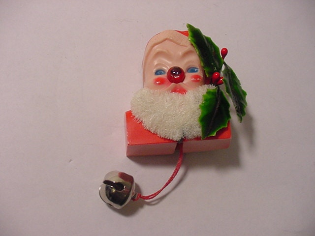 Vintage lighted santa claus pin