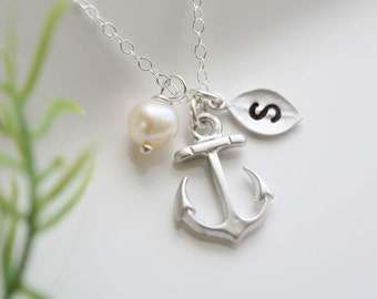 Anchor pearl necklace,Anchor with leaf initial,Pearl,Sailors Anchor,Wedding Jewelry,Bridesmaid gifts,daily Jewelry,hope anchor necklace