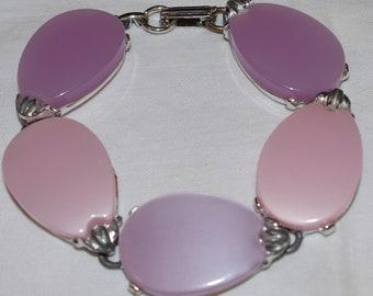 Vintage - Pink Pearlised Tear drop - Bracelet