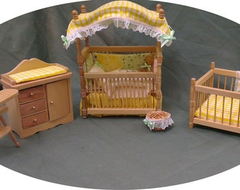 Dolls House Luxury Dressed 1/12th Canopied Cot Set - Teddy
