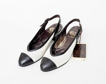 Size 6 or 6.5 Black Patent Leather Heels slingbak NOS vintage Shoes