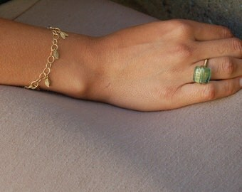 Tiny Leaf Gold Bracelet Adjustable Length, Nature Inspired, Simple, Feather, Wing, Leaf