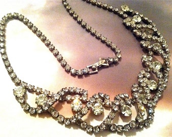 FANTASTIC Crystal Diamond Necklace Sophisticate Old Glamour Classic Runway Bold Designer Genuine Vintage Jewelry artedellamoda