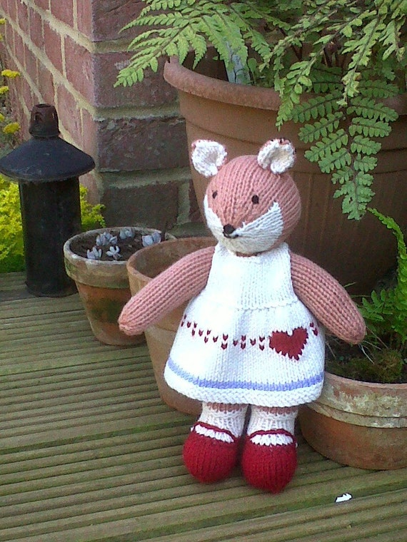 Fox, knit animal, knitted toy, dress, autumn, heart, red, shoes, UK seller, Fliss Fox