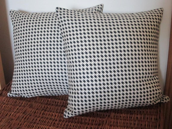 CLEARANCE - Black and White Houndstooth Check Pillow Cover 16 Inch - Primitive Style