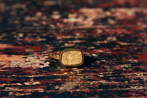 LUX DIVINE Stackable Druzy Ring