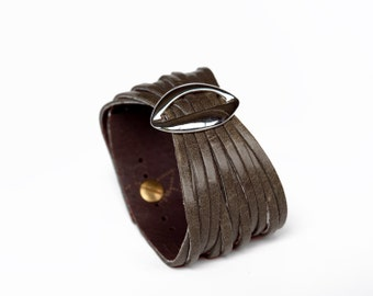 Brown Leather Cuff, Womens Leather Bracelet  - the Lips cuff