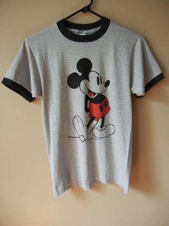 reserved vintage mickey mouse t shirt 70 39 s 80 39 s. Black Bedroom Furniture Sets. Home Design Ideas
