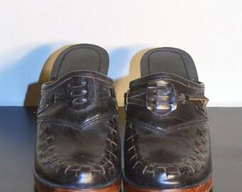 Vintage 1960s Shoes - 60s Leather Clogs - Black Wooden Clogs Size 5 & 1/2