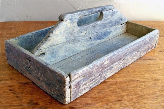 Distressed Wood Tool Tote - Handmade - Weathered and Worn Primitive Charm