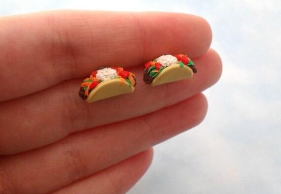 taco post earrings // realistic taco stud earrings