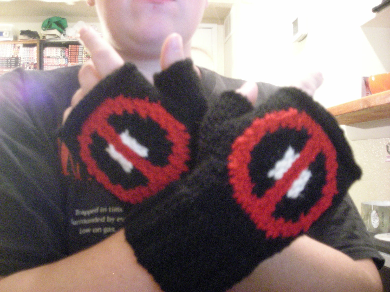 Knitting Pattern: Deadpool Fingerless Gloves by DuckyDame on Etsy