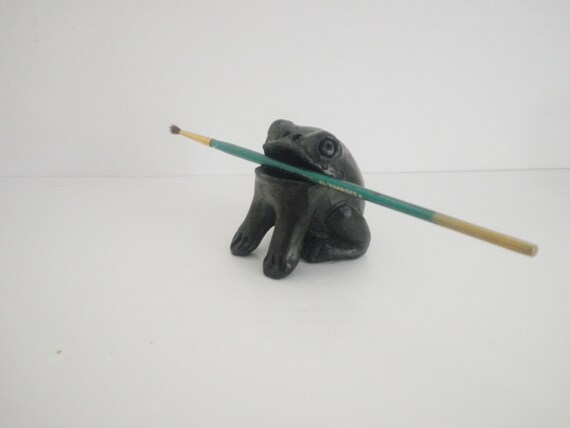 Vintage Native American Black Pottery - Big Mouth Frog Figure - Handmade Clay Fetish