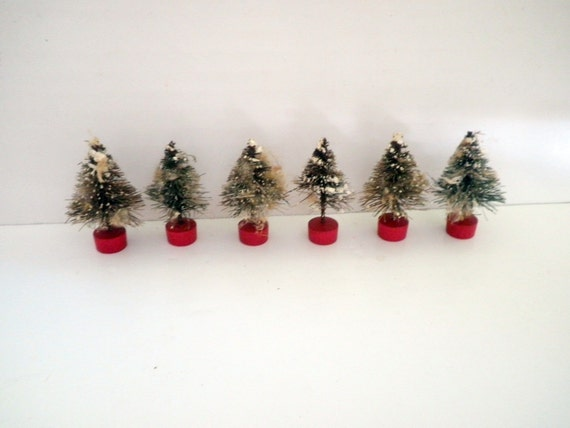 Vintage Miniature Bottle Brush Christmas Trees Mica Snow Model RR Scene