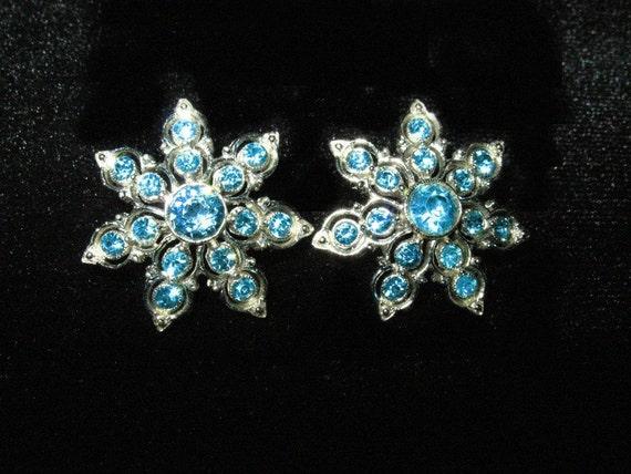 Vintage 1950s Ora Aqua  Rhinestone Star Clip Earrings