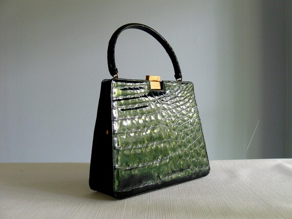 1960s alligator bag / 60s Bellestone genuine black Crocodile Alligator Kelly bag with a sleek, high-gloss finish