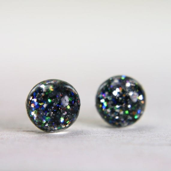 globe earrings with iridescent slate glitter - 5mm - small galaxy round earrings