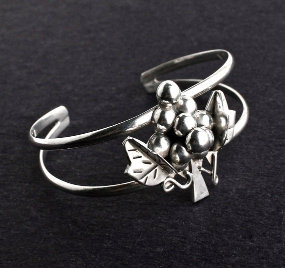 Vintage Sterling Silver Grape Cuff Bracelet -  Signed Taxco Jewelry / Through the Grape Vine