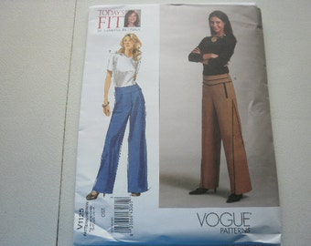 Pattern Ladies Styles All sizes NOW OUT Of Print  Vogue 1125