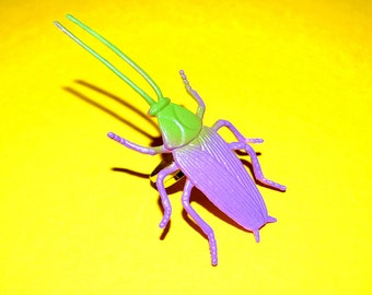 Light Green and Purple Cockroach Ring