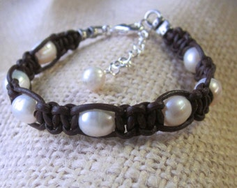 Leather Pearl Bracelet Freshwater Pearl Adjustable Womens Casual Jewelry Boho Knotted Black or Brown