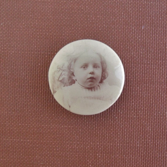 Antique BABY GIRL Celluloid Photo Pinback Button - Mourning Pin