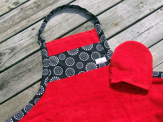Mother to Be Gift-Bath Apron and Wash Mitt