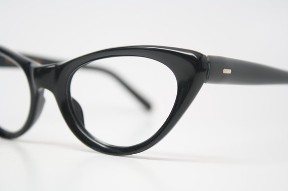 Black  vintage cat eye glasses