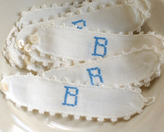 Set of 12 Antique Linen Napkin Rings - Blue B Monogram