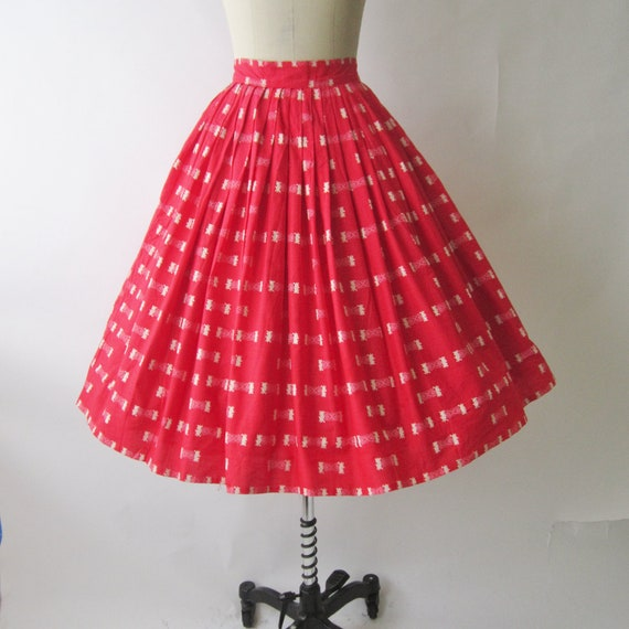 50's Circle Skirt //  Vintage 1950's Pink Cotton Full Pleated Garden Party Skirt XS