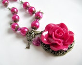 Flower pendant necklace, jewelry, crystals, heart, long, pearls, pink, key, romantic jewelry, vintage style