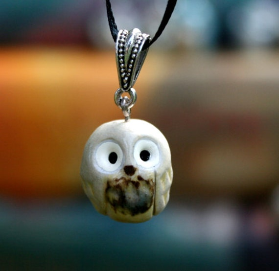 Snowy Owl Necklace: Harry Potter Inspired