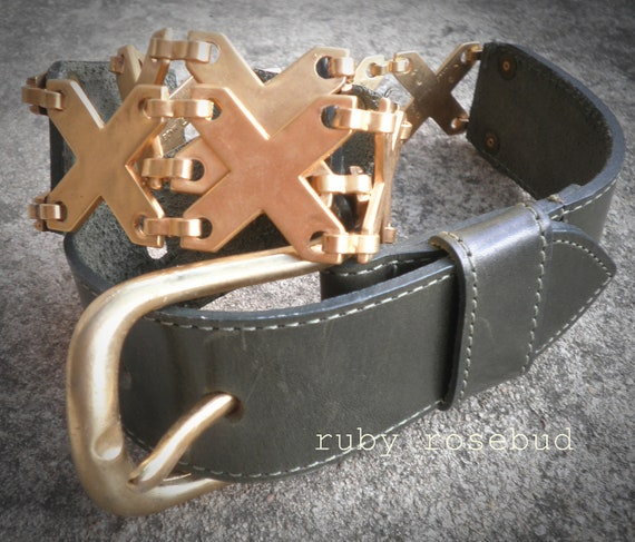 Vintage Leather and Metal Baroque Belt