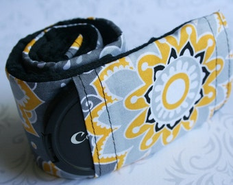 Camera Strap Cover with Lens Cap Pocket - Padded Minky - Photographer Gift - Gray and Yellow Flower Graphic with Black Minky