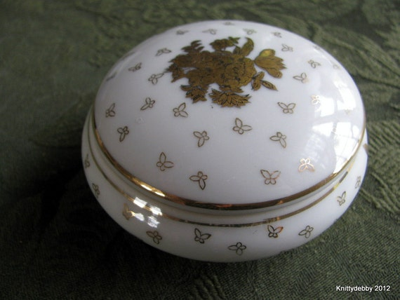 Vintage white and gold round trinket box china porcelain