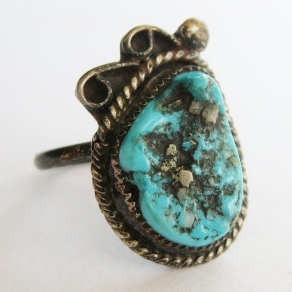 Vintage Old Pawn Silver Fred Harvey Era Turquoise Navajo American Indian Ring size 6 1/2