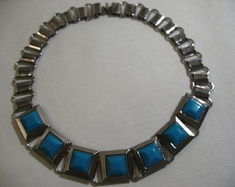 Vintage Silver Tone Necklace with Turquoise Glass Accents