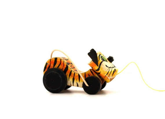Vintage Fisher Price WOODEN Tawny Tiger Pull Toy No. 654