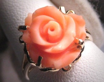 Antique Vintage Coral Ring 14K Gold Estate Jewelry Deco