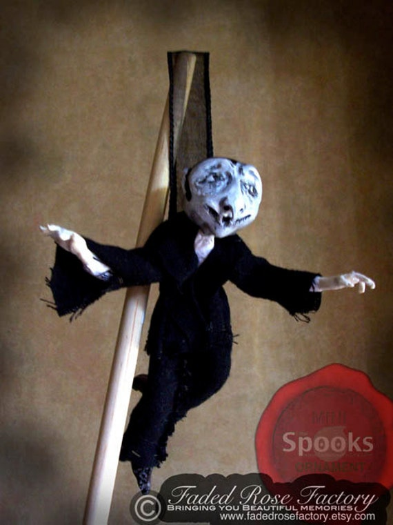 OOAK Art Doll Halloween Decoration Dracula Halloween Ornament, vampire, trick or treat, spooky, strange
