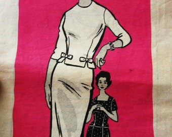 60s Mail Order 9005 Slim Wiggle or Full Skirt with Over Blouse 2 Piece Dress Knee Length - Size 14 Bust 35