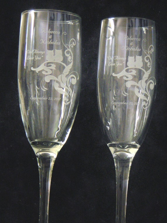Owl Champagne Toasting Flutes -  SET of 2 - Personalized - Engraved