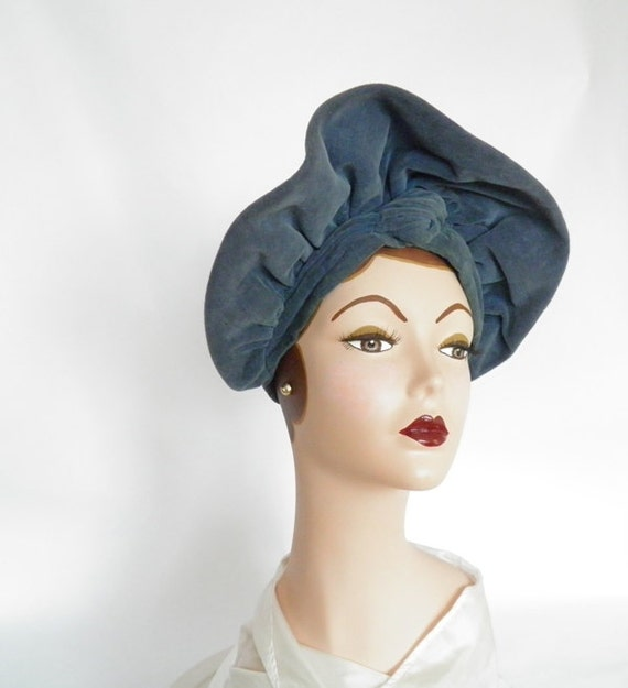 1930s halo hat, clamshell  turban